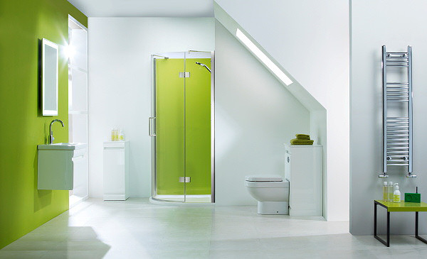 bathroom_fitted_with_opticolour_lime_green_glass_splashback_cropped