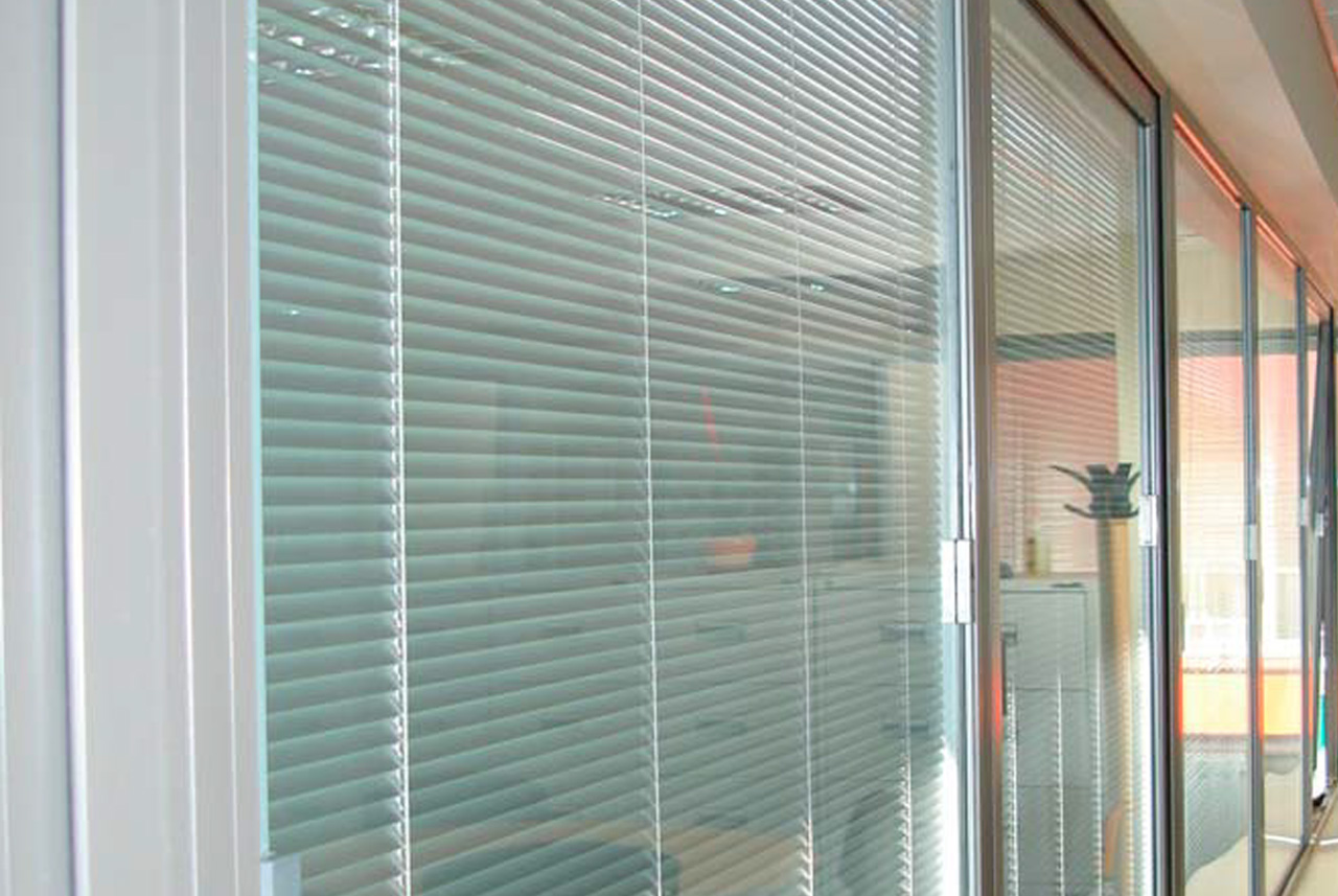 Integrated Blinds Studley Glass